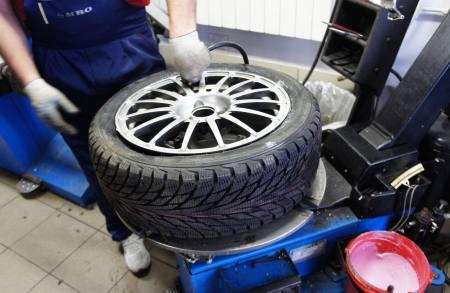 ремонт шин в нововятске радужном